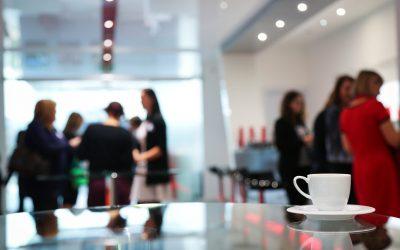Wie kann der Arbeitgeber des Entstehen eines Rechtsanspruches bei freiwillig gewährten Leistungen verhindern?