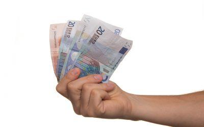 Kann der Arbeitgeber zu viel bezahlte Lohnbezüge rückfordern?